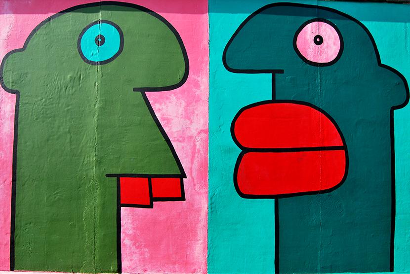 Grafiti en la East Side Gallery de Berlín