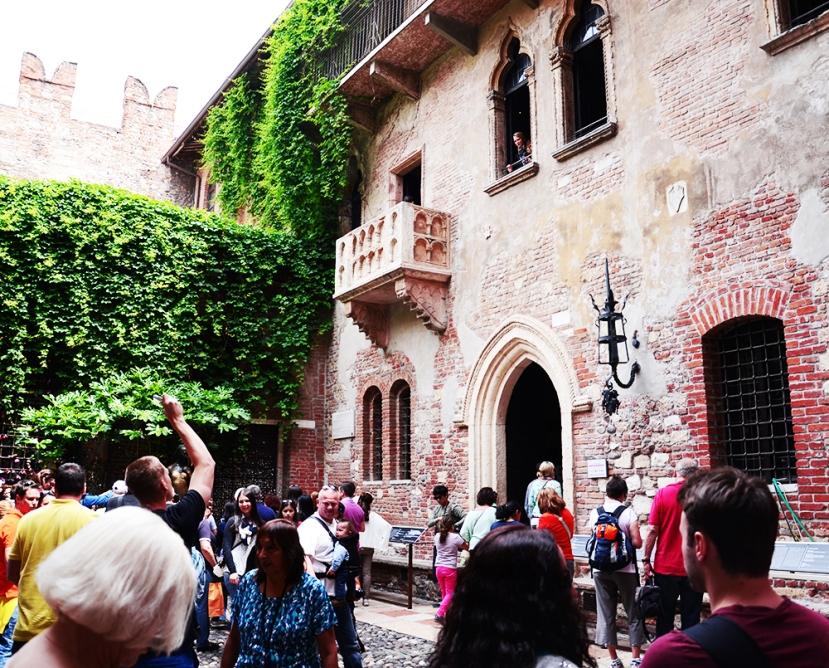 El balcó de Julieta (tots a fer fotos!)