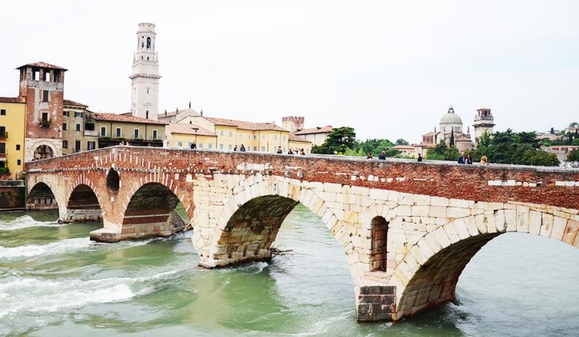 El pont vell de pedra