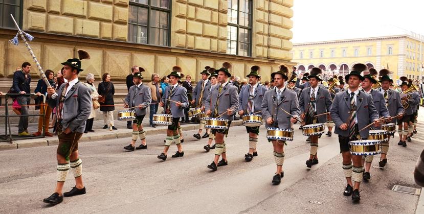Banda de música en el desfile