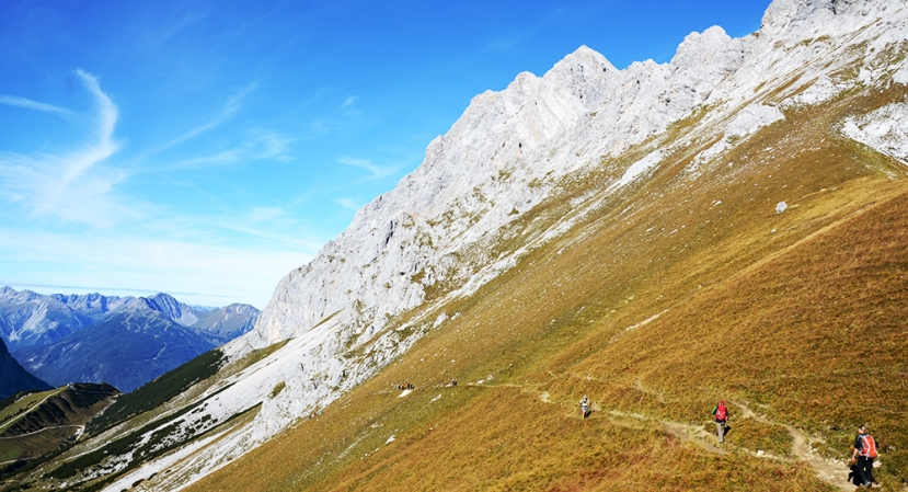 Vista de la zona de Ehrwalder Alm desde Gatterl