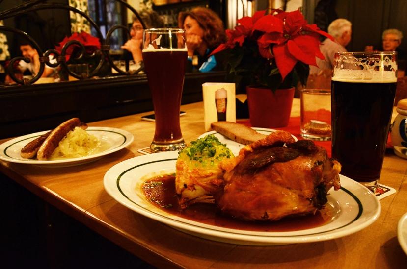 Menjar i beure a la Bamberger Zimmer