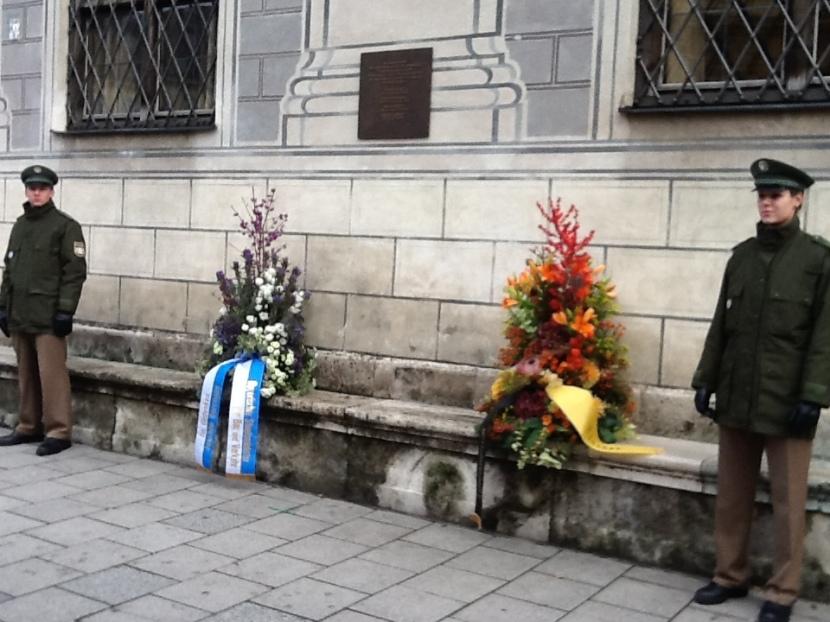 Homenaje este 9 de noviembre (2013) a los cuatro policías caídos en el Golpe de Múnich