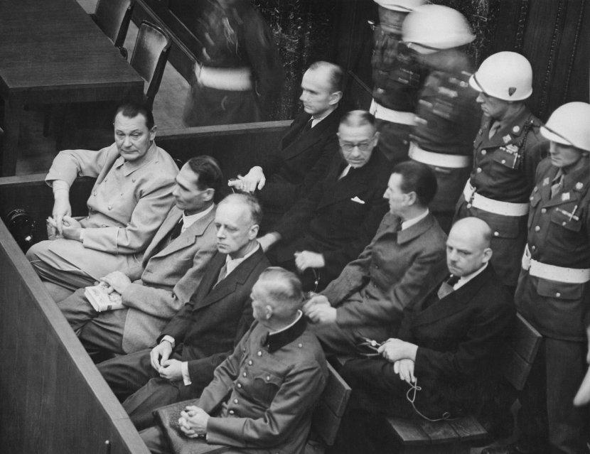 Els principals acusats durant el judici. /VIQUIPÈDIA
