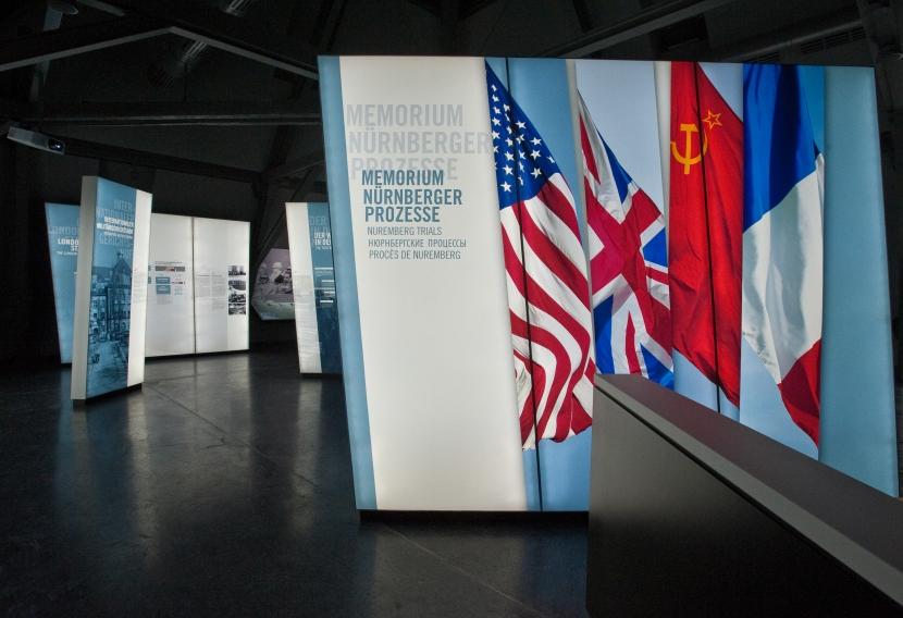Entrada a l'exposició. / C. DIERENBACH, CIUTAT DE NÚREMBERG