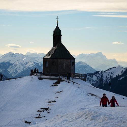 La capilla, arriba del todo